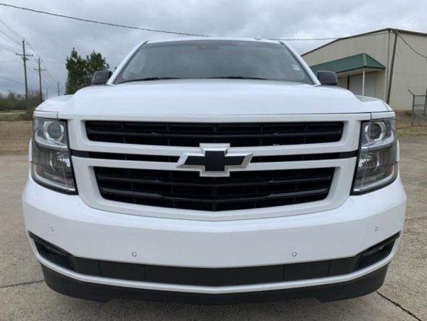 chevrolet-tahoe-2018-condition-perfect-inside-and-out-big-0