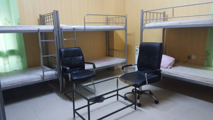 covered-partitions-bed-spaces-available-near-burjuman-metro-station-big-1