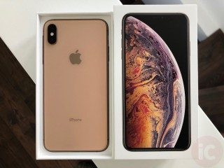 Apple iPhone XS MAX (Free Apple Airpords)