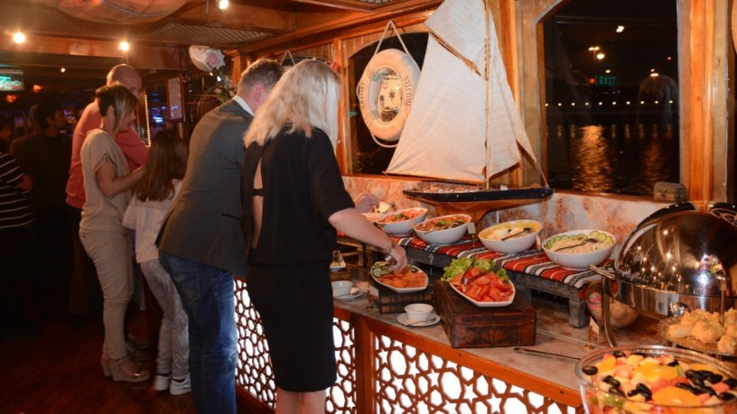 dhow-cruise-in-deira-with-5-star-buffet-at-125-aed-big-2