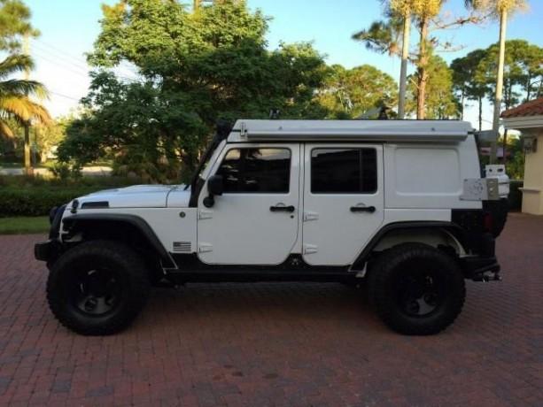 2013-jeep-wrangler-unlimited-rubicon-big-2