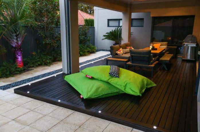 give-your-deck-a-makeover-with-quality-deck-restoration-big-2