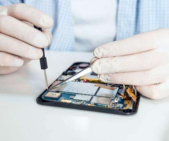 experts-for-quick-replace-and-repair-of-damaged-gadget-parts-big-0