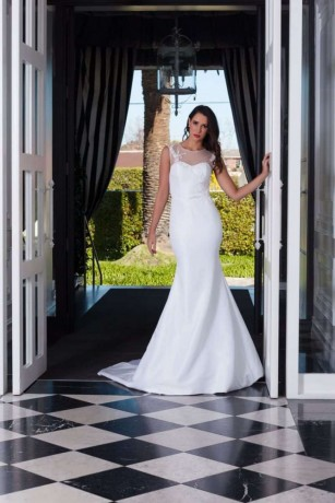 buy-couture-wedding-dress-in-melbourne-big-0