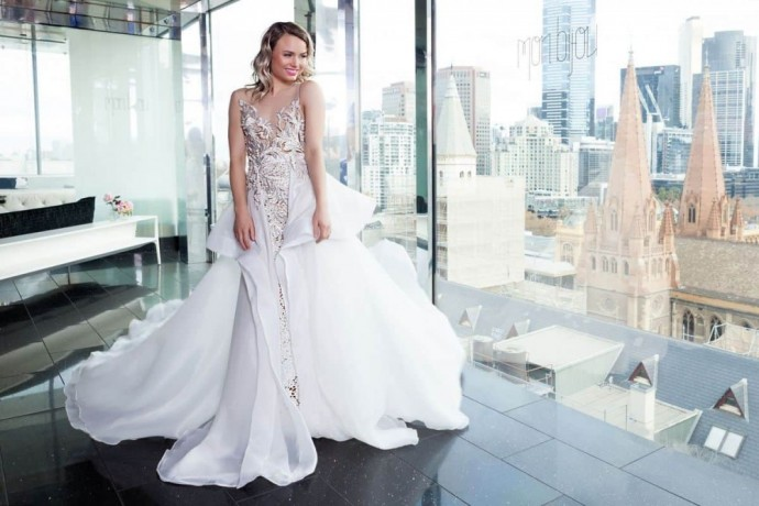 buy-couture-wedding-dress-in-melbourne-big-2