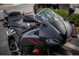 2019 Honda CBR600RR whatsapp+237653237784.
