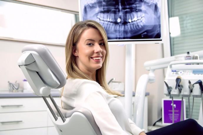 teeth-implant-surgery-in-springvale-south-big-1