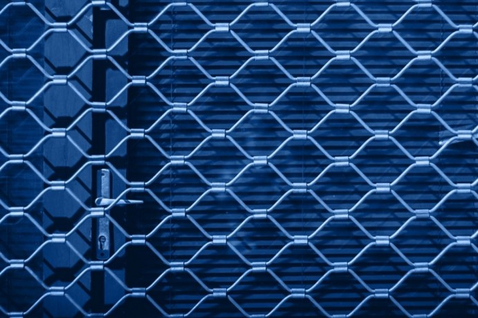 get-high-quality-diamond-grille-security-doors-in-geelong-melbourne-big-0