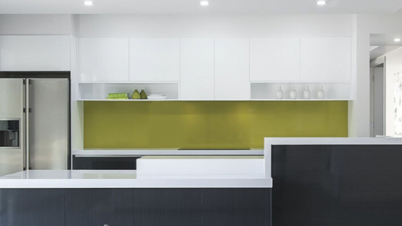 buy-affordable-glass-splashbacks-with-bayside-security-doors-big-0