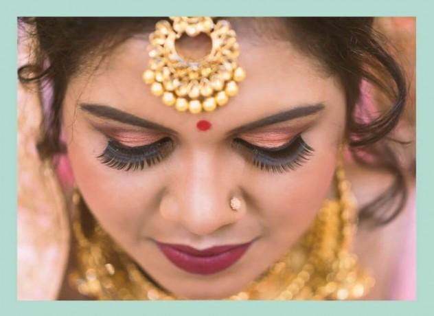professional-indian-makeup-artist-blackburn-big-0