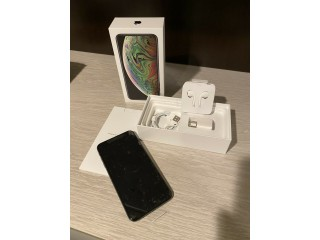 Selling Original : Samsung S10 Plus, iPhone Xs Max, S10E, iPhone X, Note 9