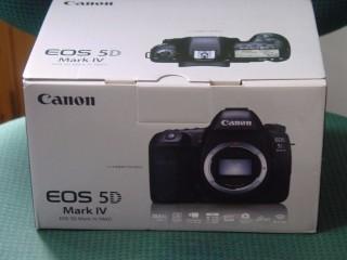 Nikon D750, Nikon D810 Canon 5D Mark IV