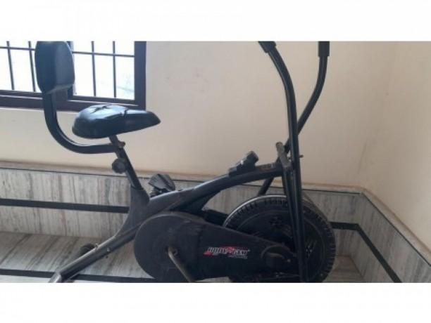 sports-equipment-on-rent-big-0