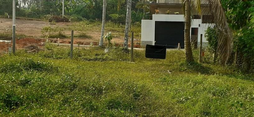land-for-sale-at-kadawatha-wabada-laviniya-gaden-big-0