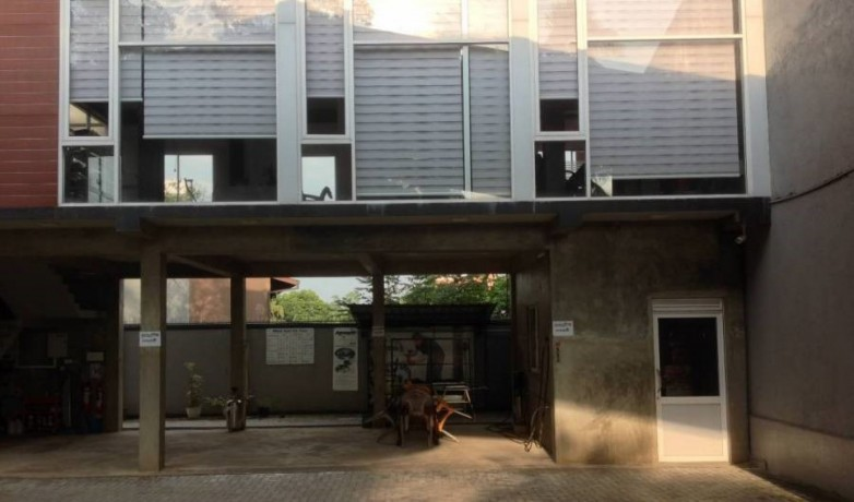 commercial-land-with-building-for-sale-in-kottawa-big-0