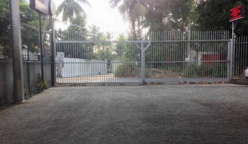 commercial-land-with-building-for-sale-in-kottawa-big-1