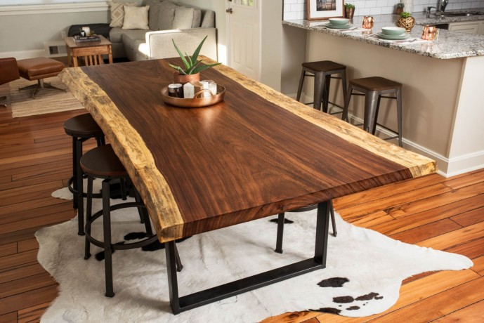 suar-dining-table-big-0