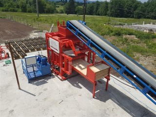 Block Making Machine For Producing Concrete Blocks