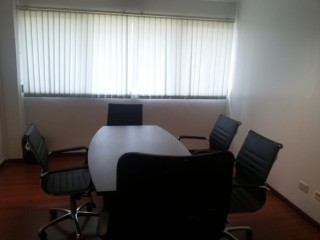 5-Seater Office Space in Makati CBD for Rent