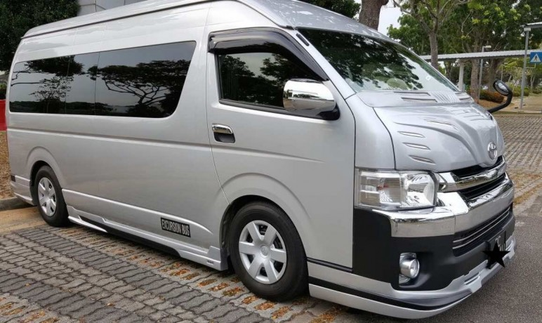 transport-services-in-singapore-best-choice-for-minibus-and-limousine-big-1