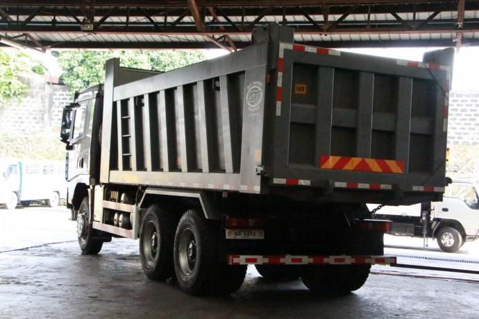 shacman-x3000-6x4-dump-truck-construction-big-1