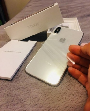 used-like-new-apple-iphone-xs-maxnote-9-big-0