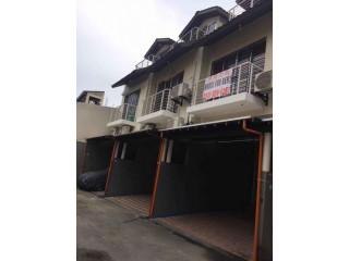 Office Staff House Building nr Aseana LRT MOA MRT Taft