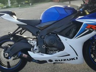 Suzuki gsx r750 for sell