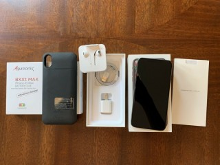 Apple iPhone XS Max 512GB Unlocked Space Gray
