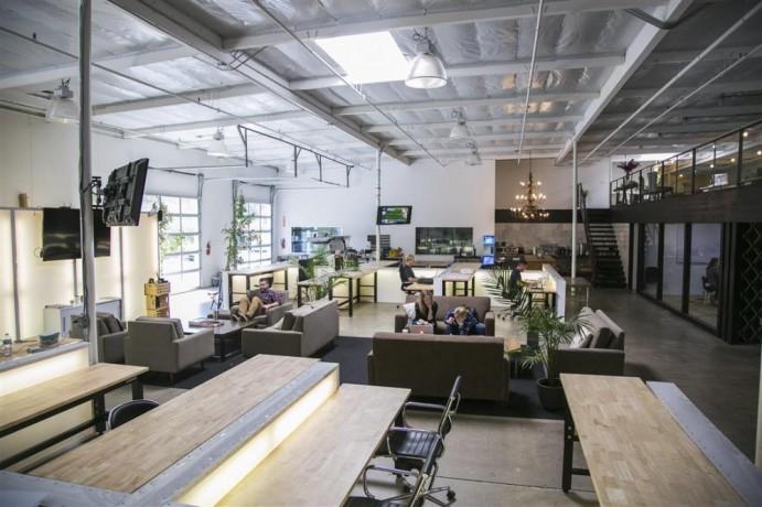 single-desk-office-in-carlsbad-ca-big-0
