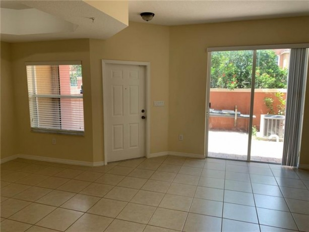 townhouse-for-rent-at-pembroke-cay-condo-hollywood-florida-big-1
