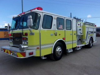 2003 E-One Cyclone II Fire Truck