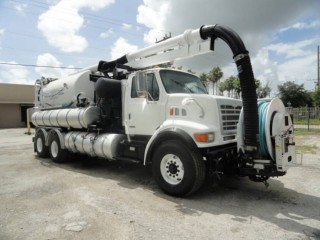 2003 Sterling L9500 Vactor 2110 VACUUM/JETTER COMBO