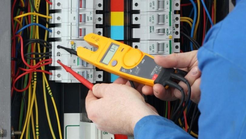 commercial-electrical-contractors-in-scottsdale-arizona-big-1