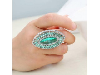 Fashion Light Green Ring