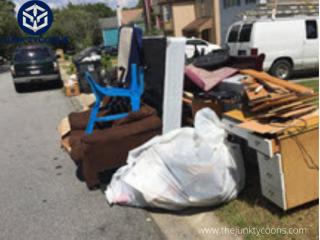 Bulk Trash Pickup Snellville - The Junk Tycoons