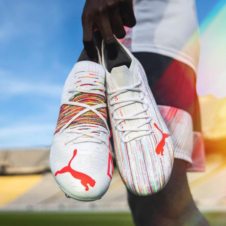 soccer-corner-offering-best-quality-soccer-merchandise-and-accessories-big-0
