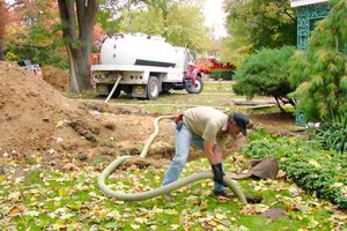 hire-septic-tank-cleaning-and-pumping-service-near-you-big-2