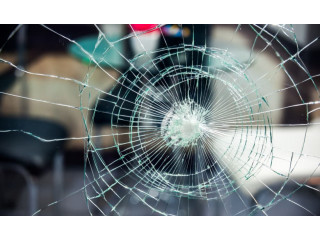 Hire Commercial and Residential Glass Repair Expert