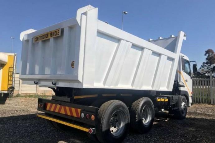 nissan-tipper-ud460-tipper-truck-big-1